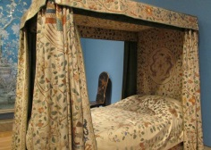 hild's bedstead at Houghton House, England